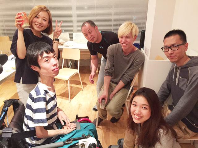 5/15(金)に、新たに加わった新入社員を歓迎して、パーティーを行いました!