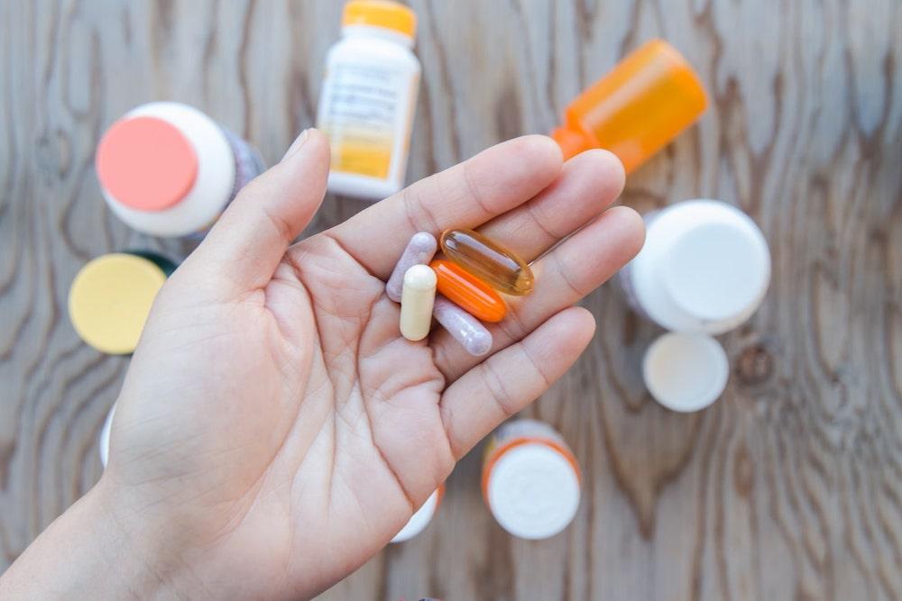 <8月1日改正>課徴金制度も導入された「改正薬機法」